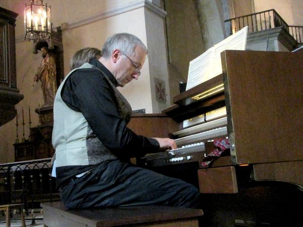 """""""Orgues, Musique et Voix"""", et la Ville de Châtillon sur Seine, ont proposé un superbe concert d'orgue dans l'église Saint-Pierre (appelée anciennement Notre-Dame) pour fêter sa rénovat"""