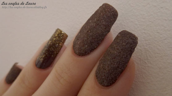 Nail Art sablé et chocolaté - Test du sable coloré