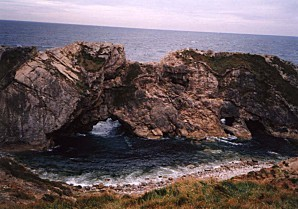 1-18A lulworth cove felsen front