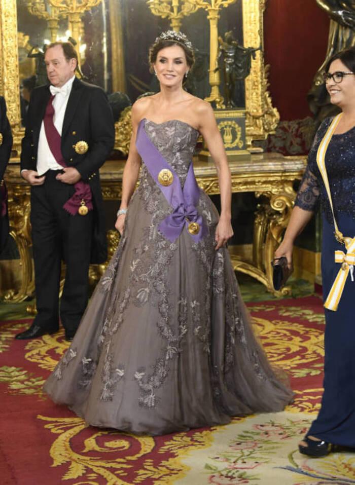 Felipe et Letizia reçoivent le couple présidentiel du Pérou