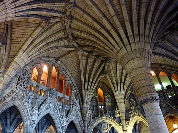 Ottawa Hall entrée Parlement 1