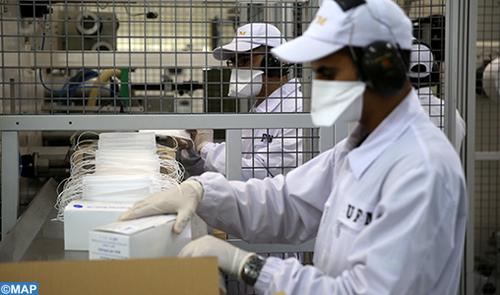 Covid-19: l'usine de la Gendarmerie Royale du Maroc produit 17 millions de masques depuis février