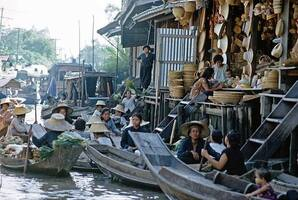 BKK 1964 Wat Sai Floating Market Image source Peter Komada, United States