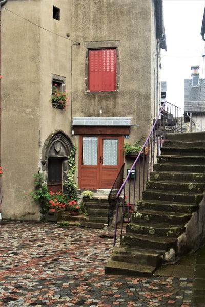 2016.08.20 Village de Besse (Auvergne) 1