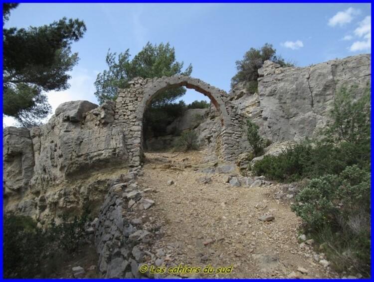 Garlaban, le Ruissatel et les Barres de Saint Esprit