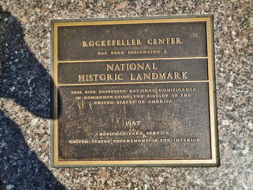 Rockefeller Center, l'élite sidérale qui se prend pour Prométhée