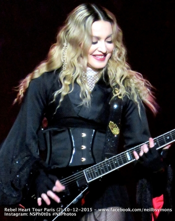 Rebel Heart Tour - 2015 12 10 Paris (1)