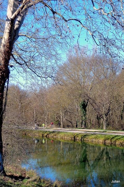 J01---Bord-du-canal.JPG