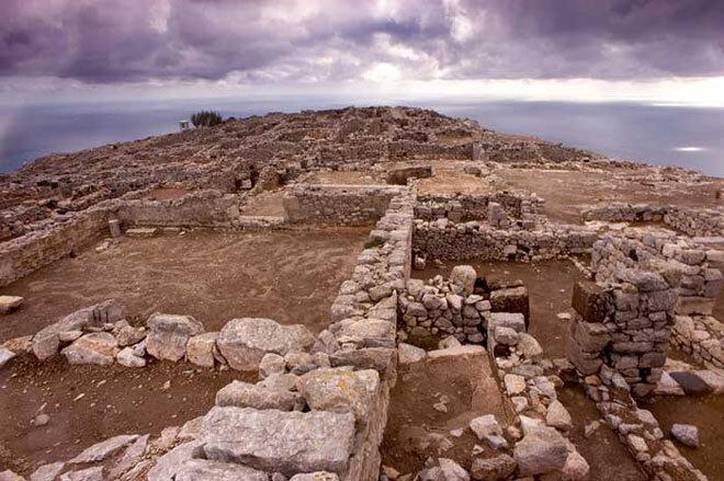 Santorin. Ancienne cité de Thera