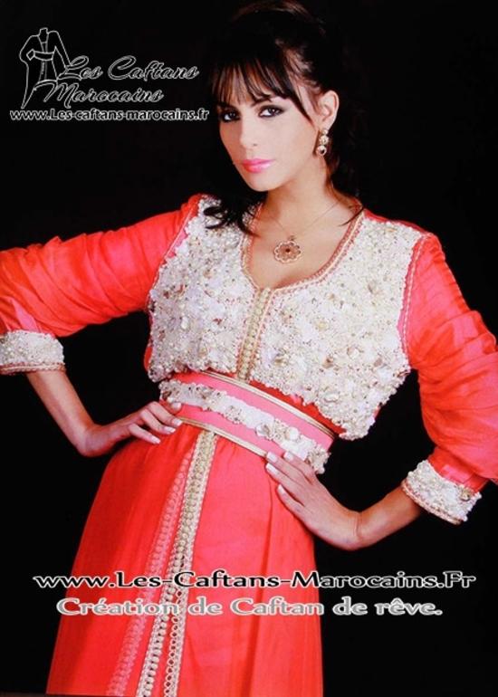 Takchita-marocaine-rouge-de la collection 2015 avec perle et perlage TAK-S943