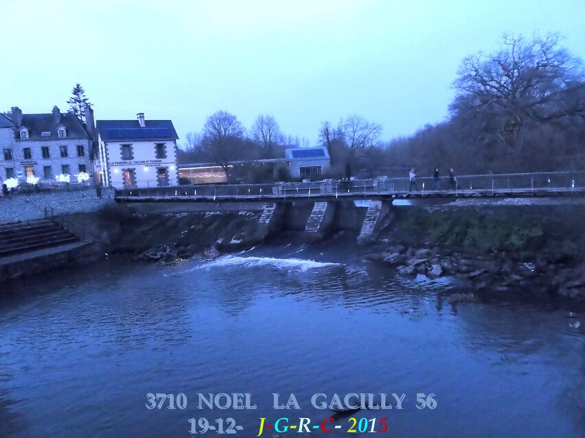 ANIMATION NOEL A LA GACILLY 56   1/3      D   24/12/2015