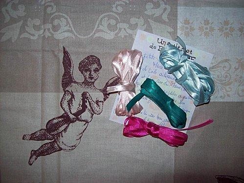 cadeaux Brigitte rubans et coupon Ange