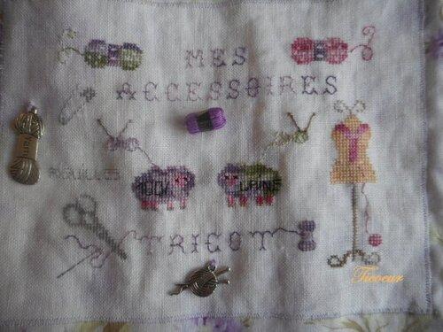 une pochette à aiguilles à tricot