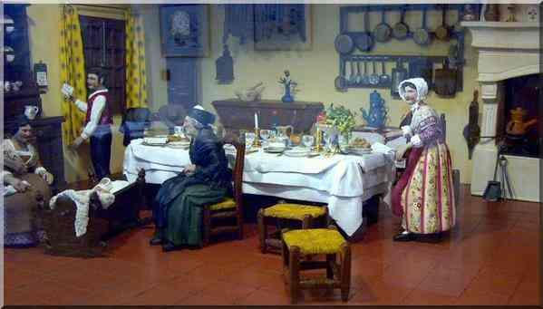 Noël reconstitution de la table de Noël provençale au Musée Arlaten