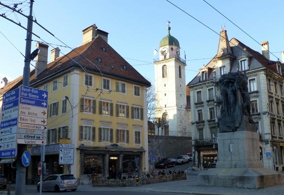 -La Suisse.
