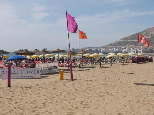 La plage, mais peu de touristes européens