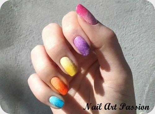 Nail art dégradé et son vernis craquelé (+swatch) !