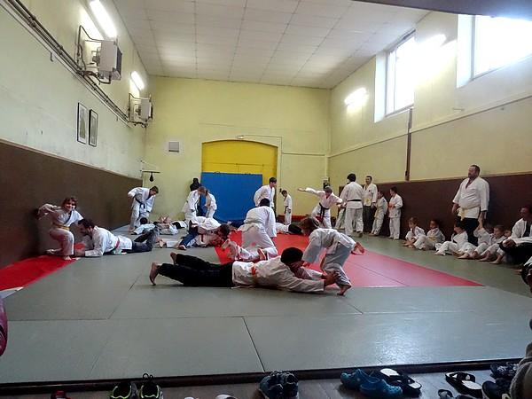 Les jeunes judokas du judo-Club Châtillonnais se sont entraînés...avec leurs parents au dojo de la rue de la Douix  !