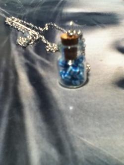 de petites bouteilles de verre pour vos fimos
