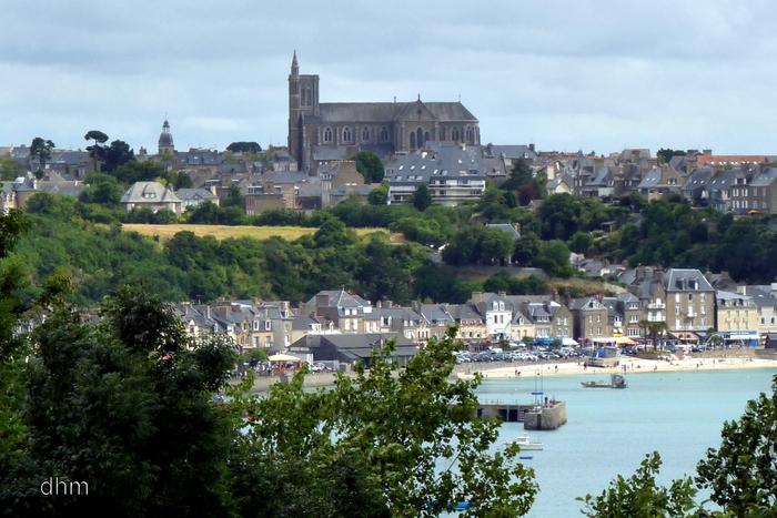 Le port de Cancale ( Bretagne - côte d'émeraude )