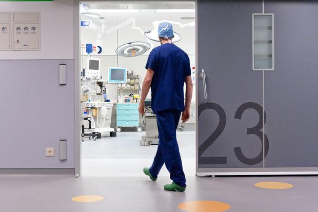 Au coeur des Cliniques Saint-Luc: des chiffres qui donnent le tournis