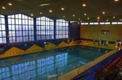Swimming-pool!