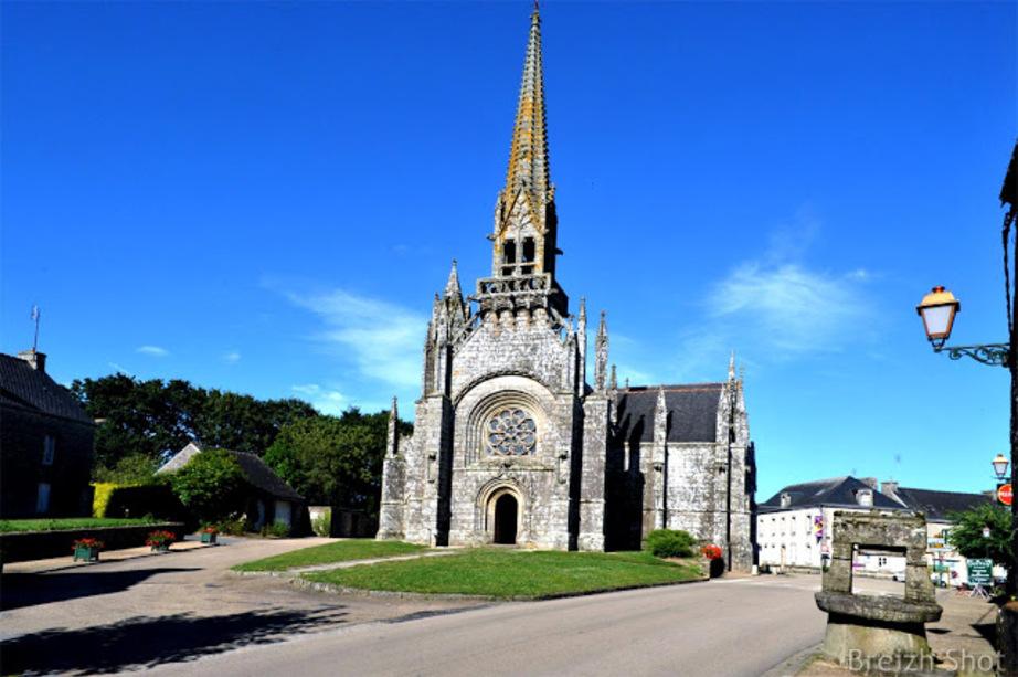 La chapelle ND de Kernascléden est un joyaux du style gothique flamboyant breton