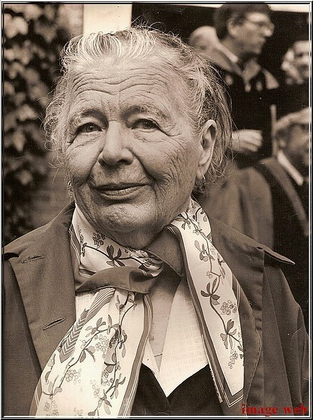 MARGUERITE YOURCENAR - PHOTOS (9)