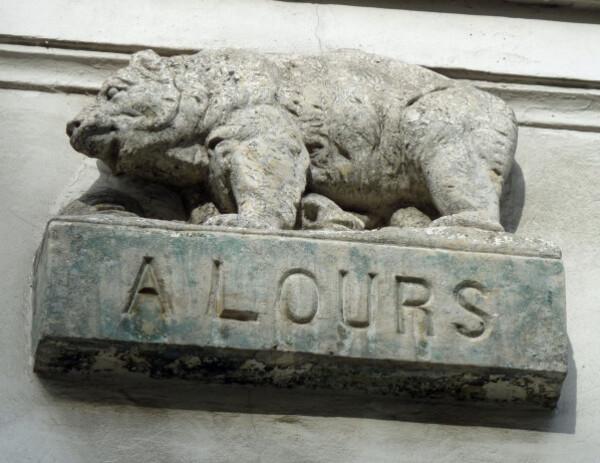 16---Cour-de-l-Ours---L-ours.JPG
