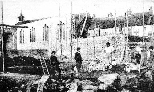 L'église Notre-Dame des Armées aux Cailloux