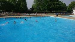 direction la piscine de Précigné