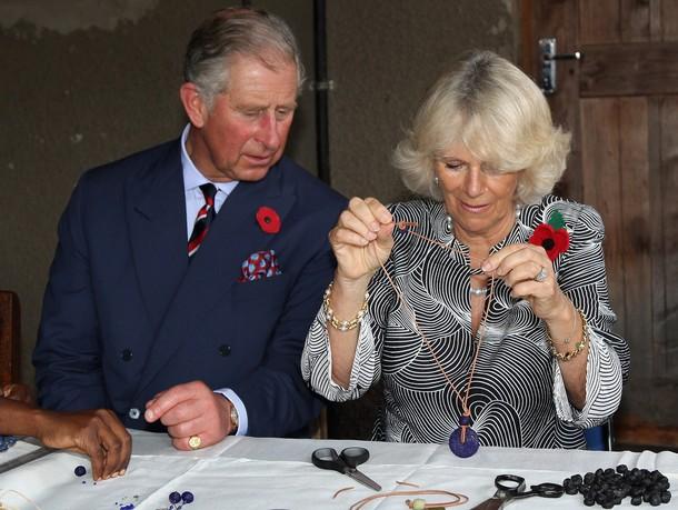 Camilla, Charles et le collier...
