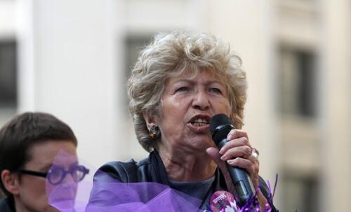 Maya, infatigable militante des droits des femmes