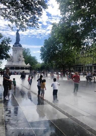 Place de la République 7