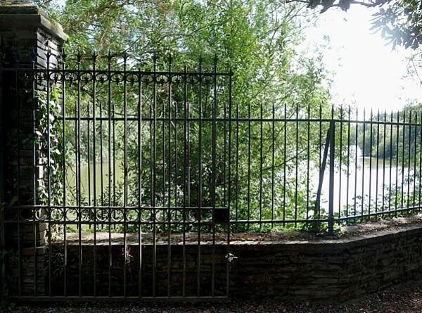porte intérieur - parc de la Garenne