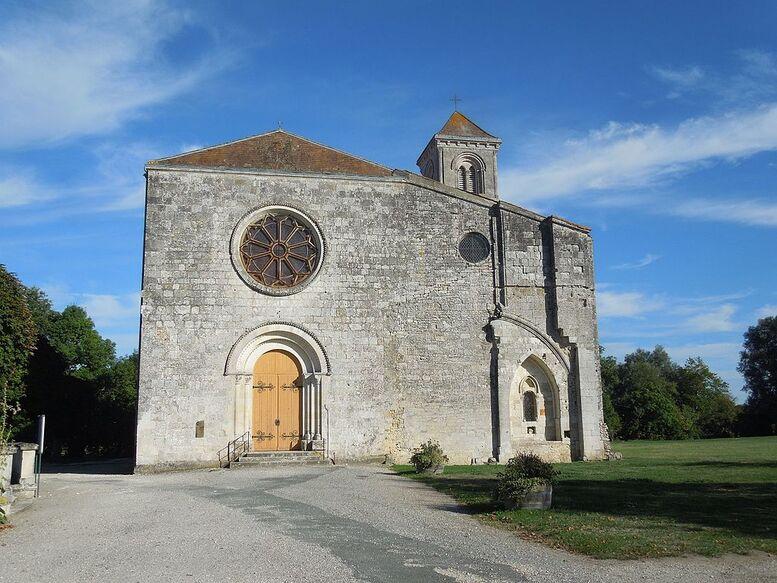 Baignes-Sainte-Radegonde, Baignes, church.jpg