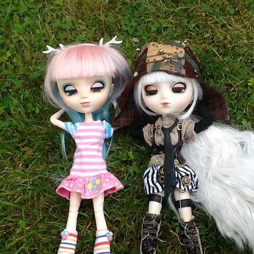 Arysa et Capucine
