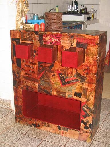 meubles en carton cultivons l 39 alternative. Black Bedroom Furniture Sets. Home Design Ideas