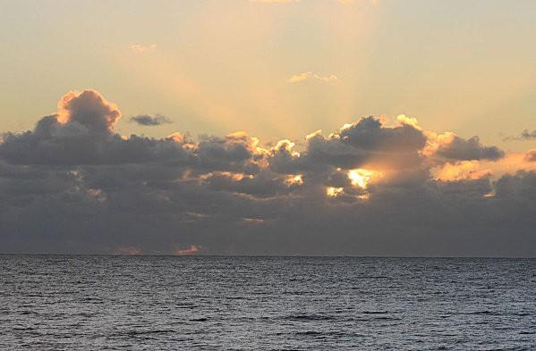soleil couchant nuageux -20-