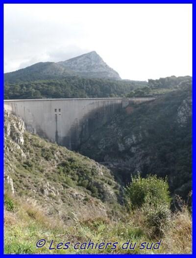 Ste Victoire, les deux barrages.