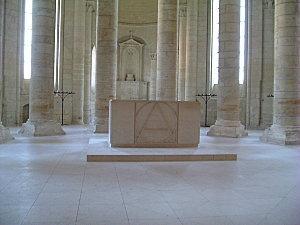 Abbaye Fontevrault abbatiale3