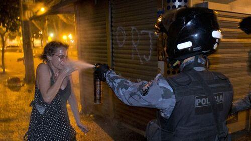 La coupe du monde de foot 2014 ne fait pas que des heureux au Brésil
