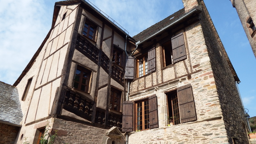 Suite de Conques dept 12
