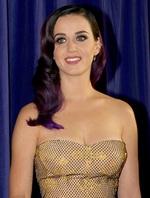 Katy Perry fait le buzz avec Swish Swish