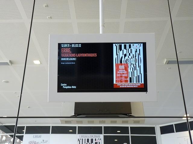 CPM Metz Exposition ERRE - Marc de Metz 2011 29