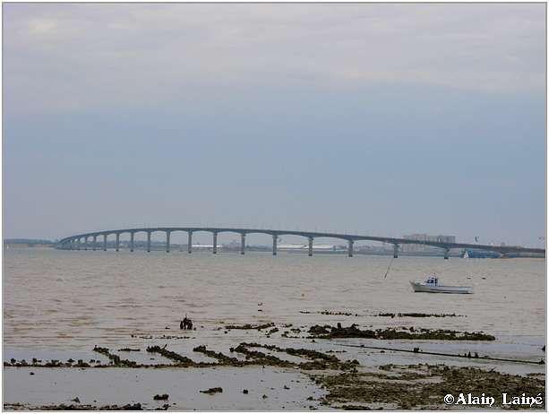 Pont_Ile_de_R__1