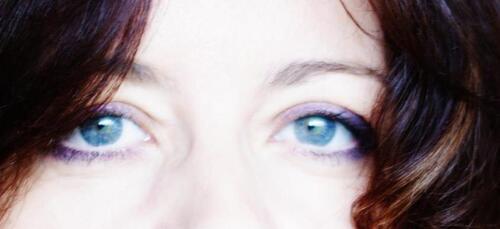Nathalie Cougny : Toucher mes seins