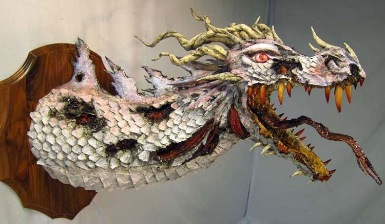 zombie-paper-mache-dragon-side21