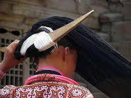 """Résultat de recherche d'images pour """"POSTICHE à corne groupe des Miaos Chine"""""""