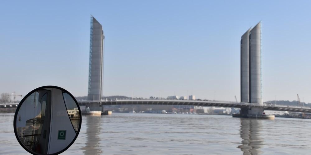 Balade  en Batcub sur le Port de la Lune, à Bordeaux...